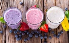 fruit-smoothies-today-tease-1-150805_f1b20de057704b0707570a6613e1f25a.today-inline-large